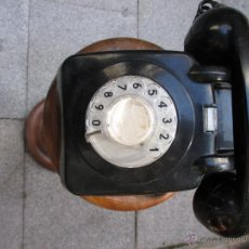 Teléfonos: ANTIGUO TELEFONO DE DISCO NEGRO APROX 1960 FUNCIONANDO - RESINA VINILO, DOS CAMPANILLAS + INFO. Lote 40862907