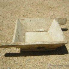 Antigüedades: MAGNIFICA PASTERA ALBAÑIL AÑOS SESENTA. Lote 50208493