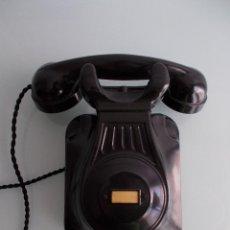 Teléfonos: RARO TELÉFONO DE PARED DE BAQUELITA NEGRO, PRIMER MODELO, MODERNISTA, ART DECÓ, PPOS SIGLO XX.. Lote 50224167