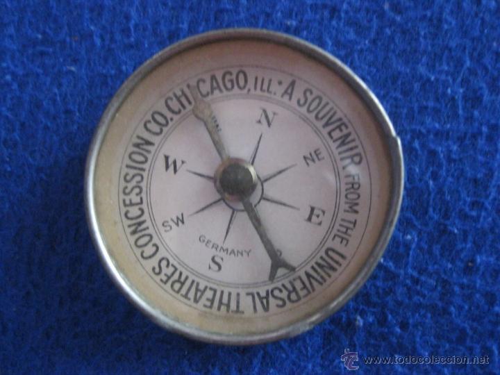 Antigüedades: Brújula alemana para recuerdo y propaganda de empresa americana, de la mitad del siglo XX - Foto 2 - 50248881