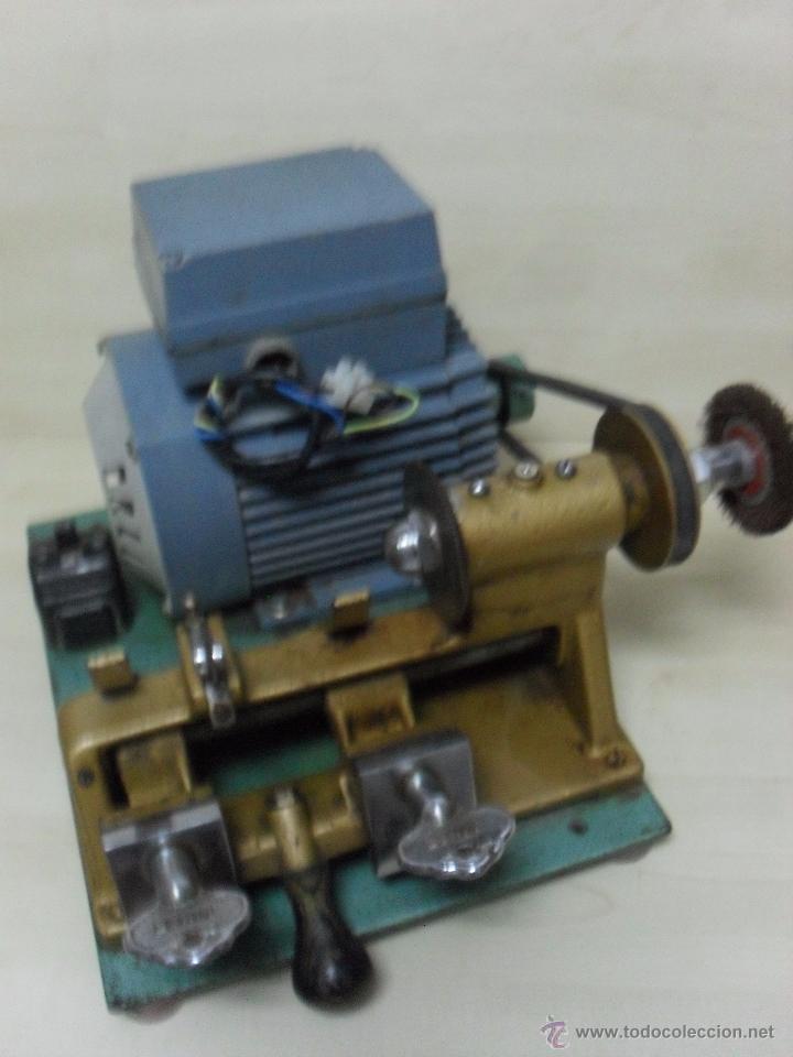 Maquina para hacer copias de llaves lince elor comprar for Hacer copia llave coche