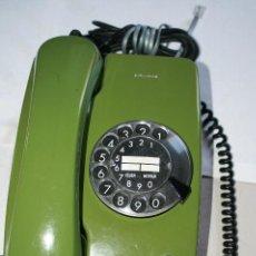 Teléfonos: RETRO VINTAGE TELEFONO SIEMENS ORIGINAL 100% COLOR VERDE OLIVA AÑOS 70, LIMPIO Y FUNCIONANDO. Lote 50363010