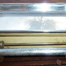 Antigüedades: ANTIGUA BALANZA BASCULA COCINA KRUPS GOLD TARLERGEWICHT PESAS. Lote 50396449