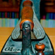 Antigüedades: ESPECTACULAR Y MUY ANTIGUA PLANCHA DE CARBÓN (CON LETRAS GRABADAS EN FORJA Y PINTADAS). Lote 50442913