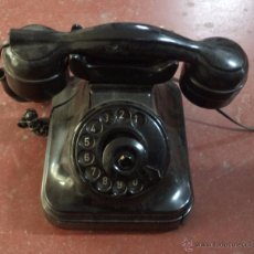 Teléfonos: TELÉFONO ANTIGUO DE SOBREMESA,BAQUELITA,ORIGINAL,DESCONOCEMOS SI FUNCIONA. Lote 71141826