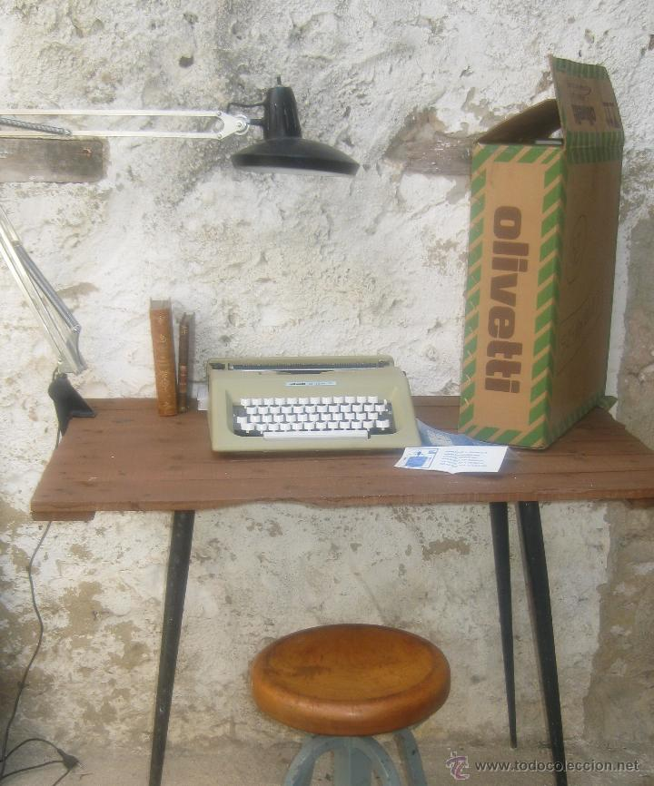 IMPOSIBLE NUEVA EN CAJA A ESTRENAR MAQUINA DE ESCRIBIR ANTIGUA VINTAGE OLIVETTI LETTERA 25 BEIG (Antigüedades - Técnicas - Máquinas de Escribir Antiguas - Olivetti)