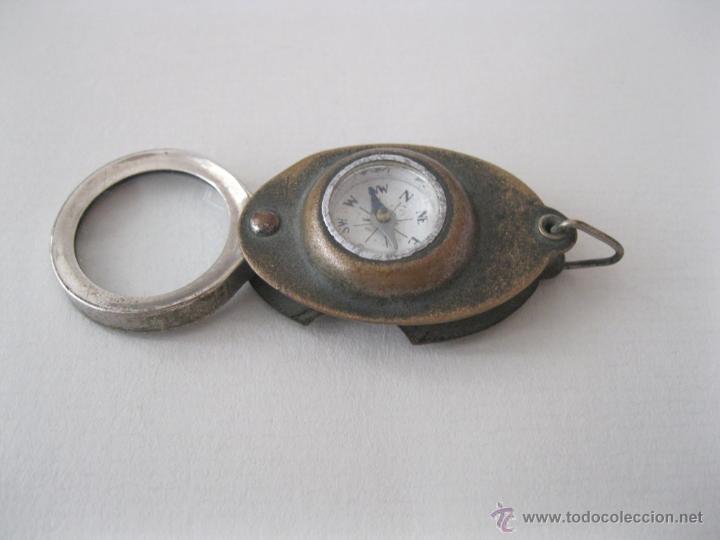 Antigüedades: Pequeña brújula japonesa con lupa de 1930. - Foto 2 - 50503456