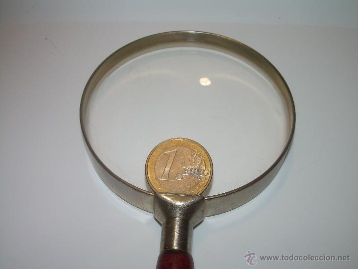 Antigüedades: ANTIGUA Y BONITA LUPA POR GRANDES DIMENSIONES....AROS DE LATON Y MANGO DE MADERA.....MUCHOS AUMENTOS - Foto 5 - 50514376