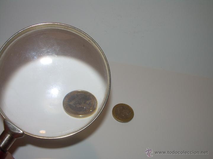 Antigüedades: ANTIGUA Y BONITA LUPA POR GRANDES DIMENSIONES....AROS DE LATON Y MANGO DE MADERA.....MUCHOS AUMENTOS - Foto 6 - 50514376