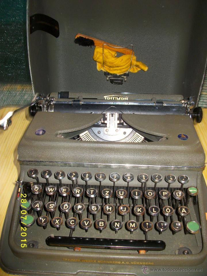 TRIUMPH NORM6.MAQUINA DE ESCRIBIR CON SU CAJA METALICA. (Antigüedades - Técnicas - Máquinas de Escribir Antiguas - Triumph)