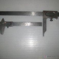 Antigüedades: 2 ANTIGÜOS PIES DE REY. Lote 50550535