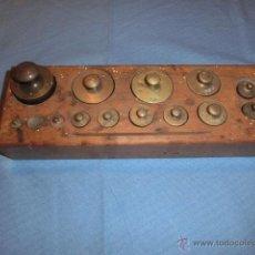 Antiquités: Nº24 ANTIGUO JUEGO DE PESAS EN BRONCE CO. Lote 50605964