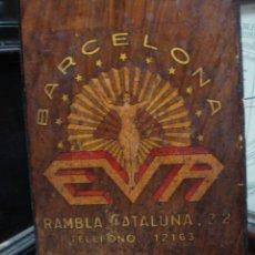 Antigüedades: MAQUINA PARA PERMANENTES ART DECO AÑOS 30 EVA ESPAÑOLA MADERA DE OLIVO. Lote 50633223