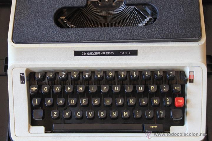 MÁQUINA DE ESCRIBIR ANTIGUA MARCA SILVER REED (Antigüedades - Técnicas - Máquinas de Escribir Antiguas - Otras)