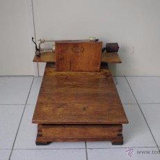Antigüedades: BÁSCULA DE MADERA. Lote 50648872