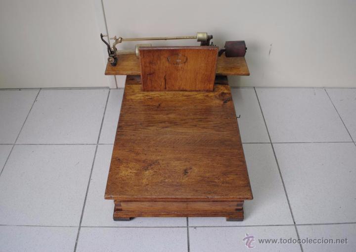 Antigüedades: BÁSCULA DE MADERA - Foto 2 - 50648872