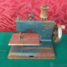 Antigüedades: MINI MAQUINA DE COSER. Lote 50885347