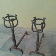 Antigüedades: MORILLOS DE GRAN CALIDAD S XIX. Lote 50981436