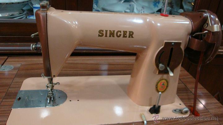 Maquina de coser singer antigua con mueble rosa comprar for Mueble para maquina de coser