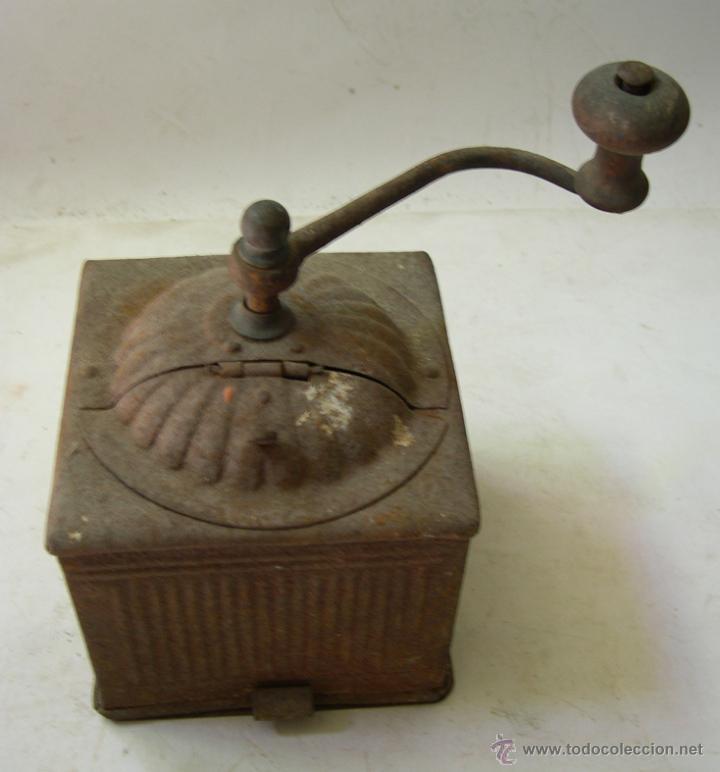 CURIOSO MOLINILLO DE CAFE (Antigüedades - Técnicas - Molinillos de Café Antiguos)