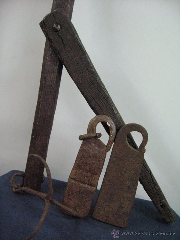 ANTIGUA BASCULA BALANZA MADERA HIERRO PESO PONDERAL (2) FORJA (Antigüedades - Técnicas - Medidas de Peso - Balanzas Antiguas)