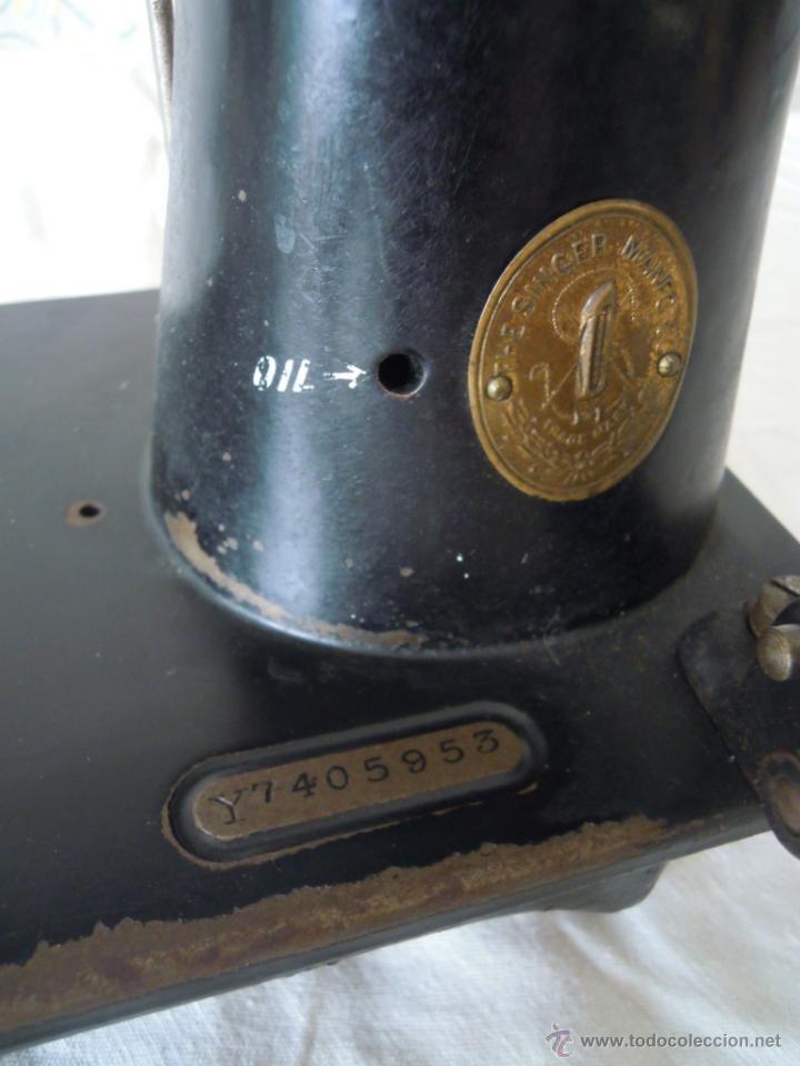 Antigüedades: MAQUINA DE COSER SINGER SERIE Y TIPO INDUSTRIAL DE 1929 - Foto 8 - 51049298