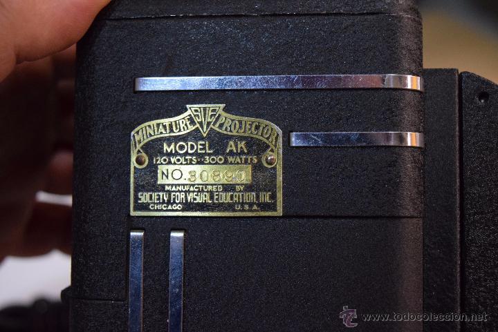 Antigüedades: proyector en su maleta original.USA años 20 - Foto 2 - 51073167