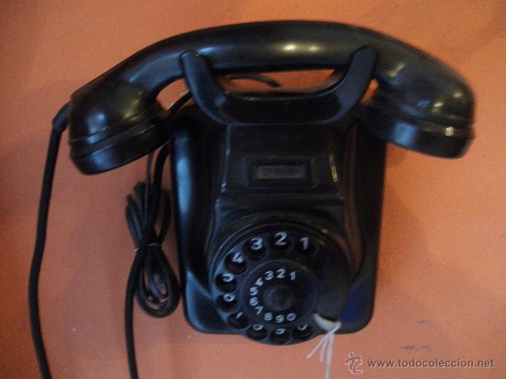 TELEFONO BAKELITA , PARA COLGAR , EN PERFECTO FUNCIONAMIENTO (Antigüedades - Técnicas - Teléfonos Antiguos)