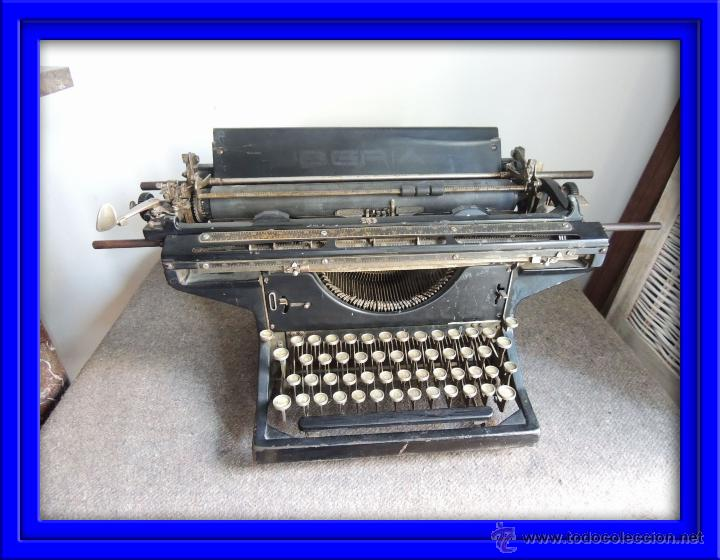 MAQUINA DE ESCRIBIR IBERIA (Antigüedades - Técnicas - Máquinas de Escribir Antiguas - Otras)