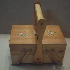 Antigüedades: COSTURERO DE MADERA. Lote 51165583