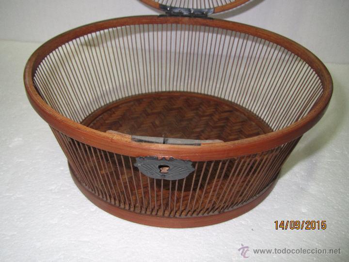 Antigüedades: Antigua Caja Costurero o Similar en Fibras Vegetales, Metal y Materiales Nobles - Año 1920s. - Foto 5 - 51236040