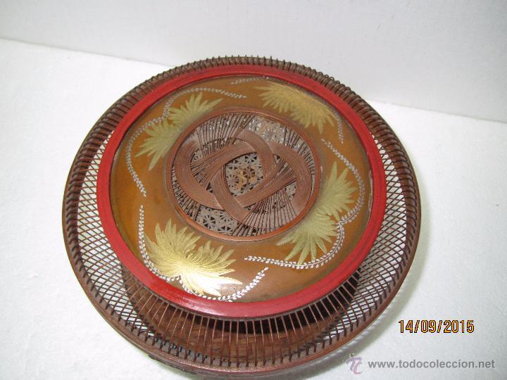Antigüedades: Antigua Caja Costurero o Similar en Fibras Vegetales, Metal y Materiales Nobles - Año 1920s. - Foto 9 - 51236040