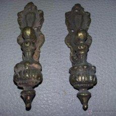 Antigüedades: PAREJA DE TIRADORES BRONCE REF. 015 DE 9 CMS.. Lote 51348969