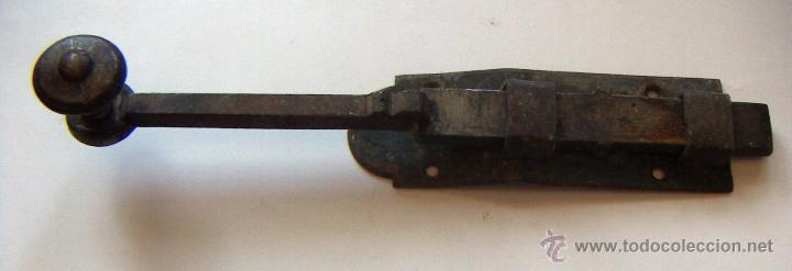 PESTILLO ANTIGUO.MEDIDA 20 CM (Antigüedades - Técnicas - Cerrajería y Forja - Pestillos Antiguos)
