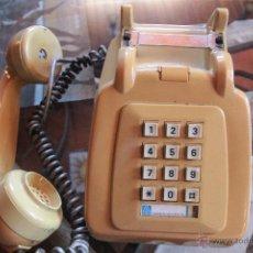 Teléfonos: TELÉFONO TIPO HERALDO, MARCACION POR BOTONES, COLOR MOSTAZA, VINTAGE. POR ADAPTAR.. Lote 51386620