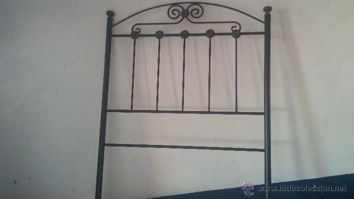 CABECERO DE FORJA PARA CAMA INDIVIDUAL (Antigüedades - Técnicas - Cerrajería y Forja - Varios Cerrajería y Forja Antigua)