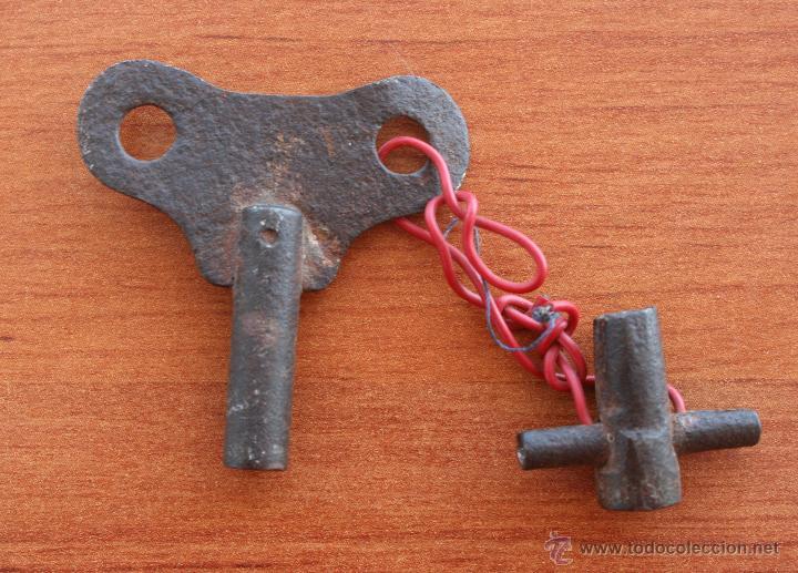 Antigüedades: ANTIGUA LLAVE PARA RELOJ DE CARGA MANUAL, DE HIERRO FORJADO FORJA, SIGLO XIX - CON ACCESORIO - Foto 3 - 51535869