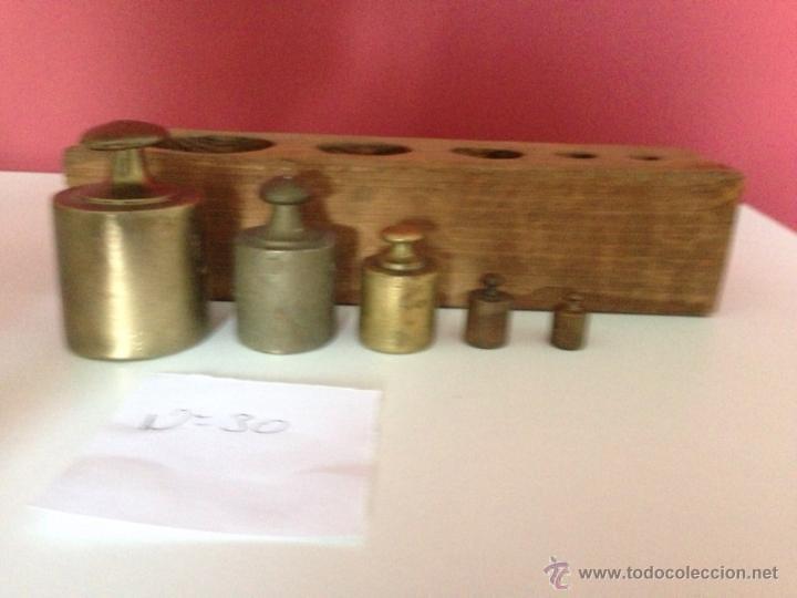 Antigüedades: Nº30 ANTIGUO JUEGO DE PESAS EN BRONCE CON SU CAJA - Foto 7 - 51624519