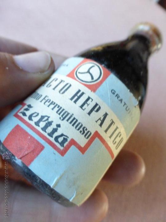 Antigüedades: Antigua botella frasco cristal farmacia extracto hepatico zeptia, vino ferruginoso, precintado - Foto 3 - 51624903