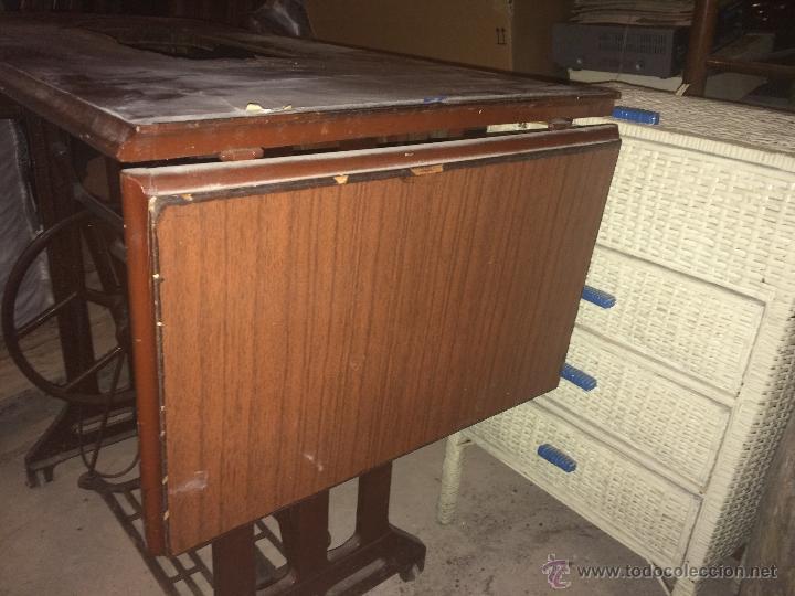 Antigüedades: Antiguo pie de maquina de coser Alfa de los años 50 - Foto 4 - 52354250
