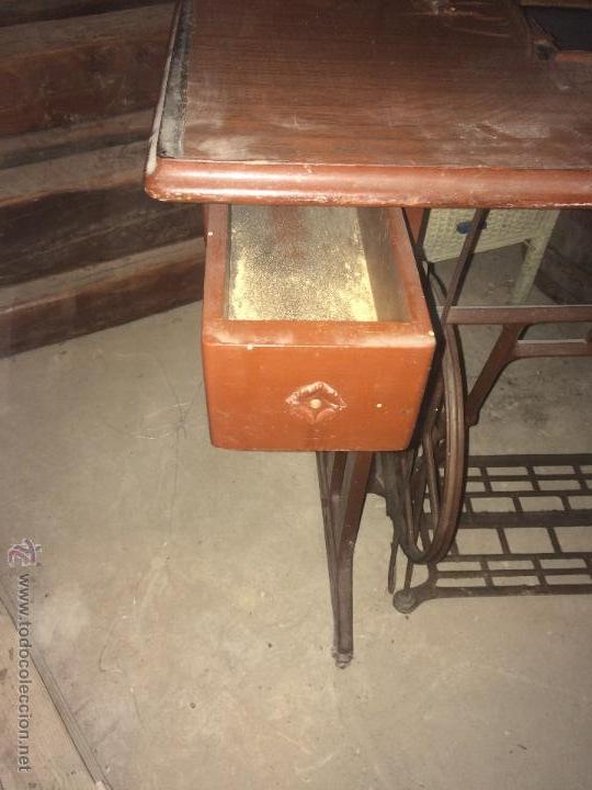 Antigüedades: Antiguo pie de maquina de coser Alfa de los años 50 - Foto 12 - 52354250