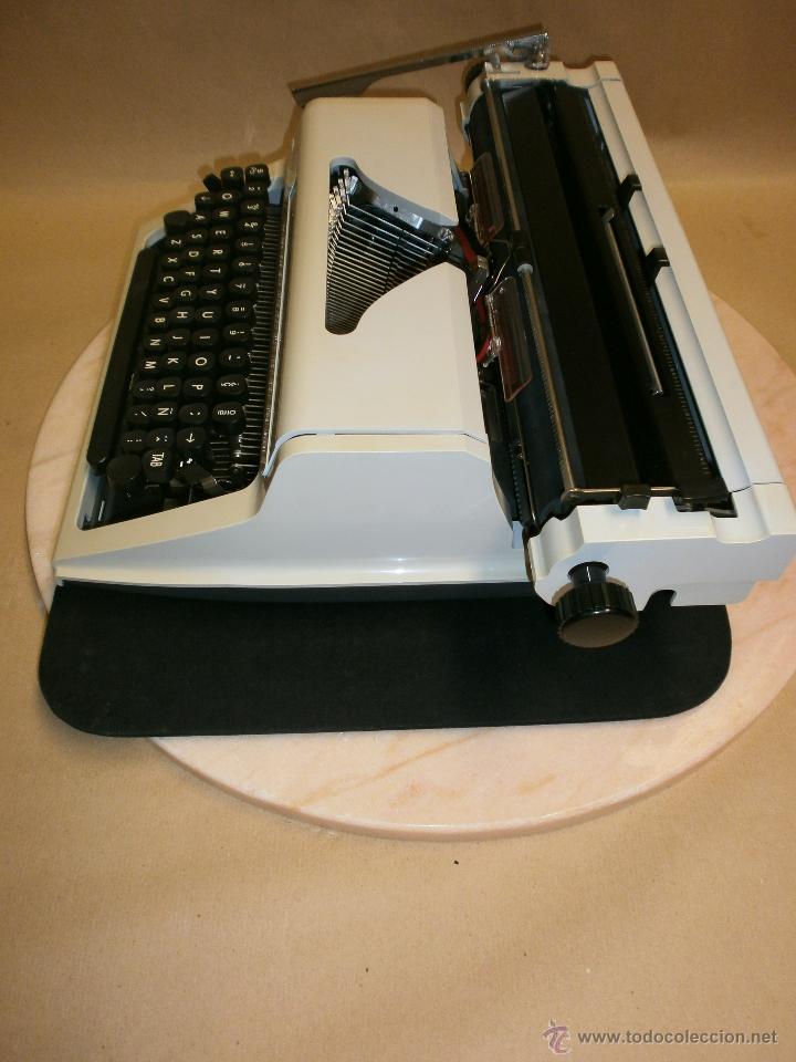 Antigüedades: Máquina de escribir Erika - Foto 4 - 51882445