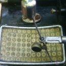 Antigüedades: MAQUINA DE ESCRIBIR MIGNON. Lote 51918497