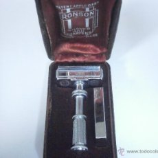 Antigüedades: MAQUINILLA DE AFEITAR RONSON SAFETY RAZOR DE 1931 CON AUTOAFILADO, COMPLETA Y RARA. Lote 52382365