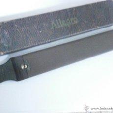 Antigüedades: ASENTADOR AFILADOR DE NAVAJA DE AFEITAR ALLEGRO FLEXIBLE 35 CON PIEDRA SINTETICA, FABRICACION SUIZA. Lote 52382801