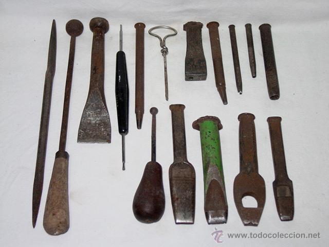 LOTE GUARNICIONERÍA 16 HERRAMIENTAS PARA CUERO-SACABOCADOS-PUNZÓN-BURIL-SIGLO XIX-XX-BLANCHARD PARIS (Antigüedades - Técnicas - Herramientas Antiguas - Otras profesiones)
