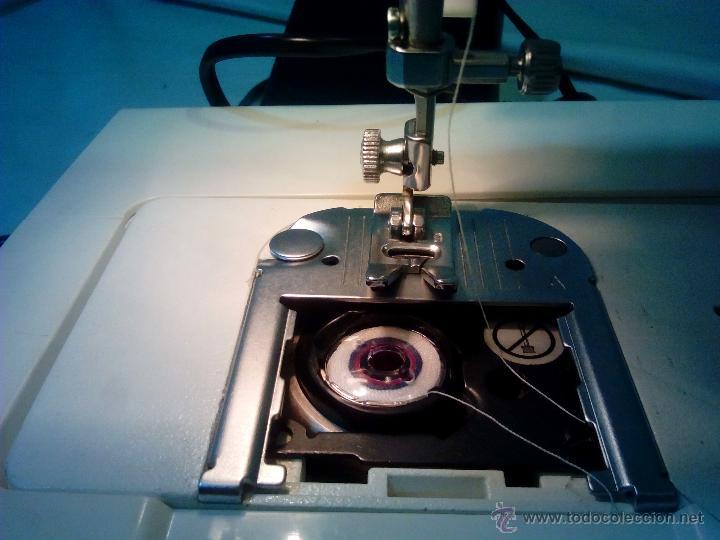 Antigüedades: Singer. maquina de coser. funciona - Foto 4 - 52539208