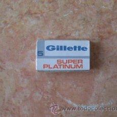 Antigüedades: CAJA DE HOJAS DE AFEITAR GILLETTE SUPER PLATINUM,5 UNID.SIN ABRIR,BUEN ESTADO. Lote 52540609