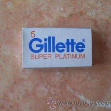 Antigüedades: CAJA HOJAS AFEITAR GILLETTE SUPER PLATINUM PLUS,5 UNID.GILLETTE SEVILLA,SIN ABRIR, MUY BUEN ESTADO. Lote 52541006