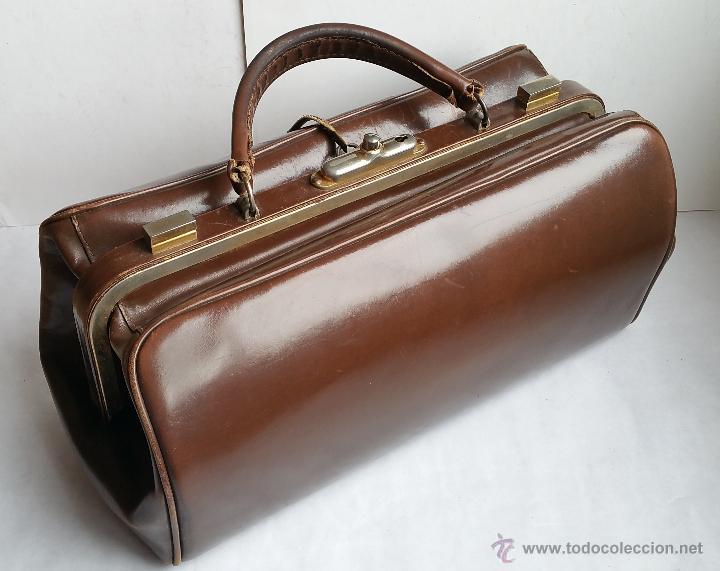 25fc16b1c9b Antiguo maletín o bolso de médico con su llave. - Vendido en Subasta ...